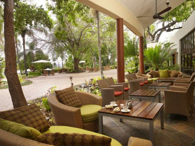 Sabi River Sun Dining Area