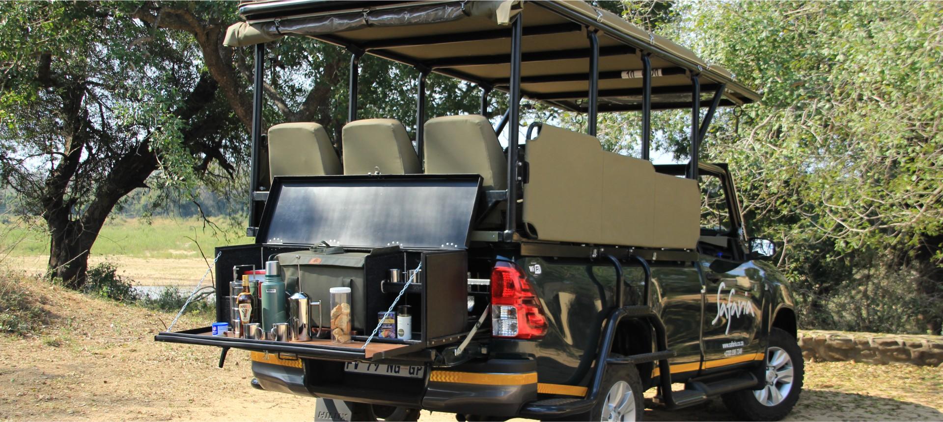 Safaria – new vehicle banner
