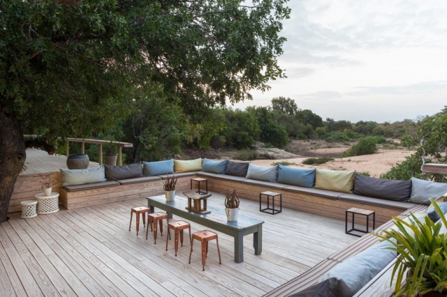 Thornybush Game Lodge, Stunning Lounge Area with river view