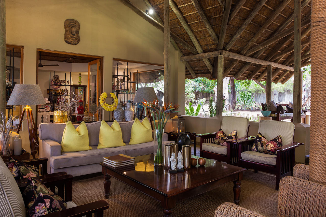 Thornybush Game Lodge, Luxury Lounge Area
