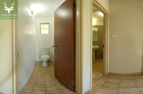 Mopani Bathroom