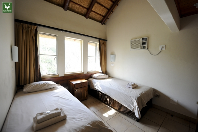 Mopani Guest Cottage Bedroom