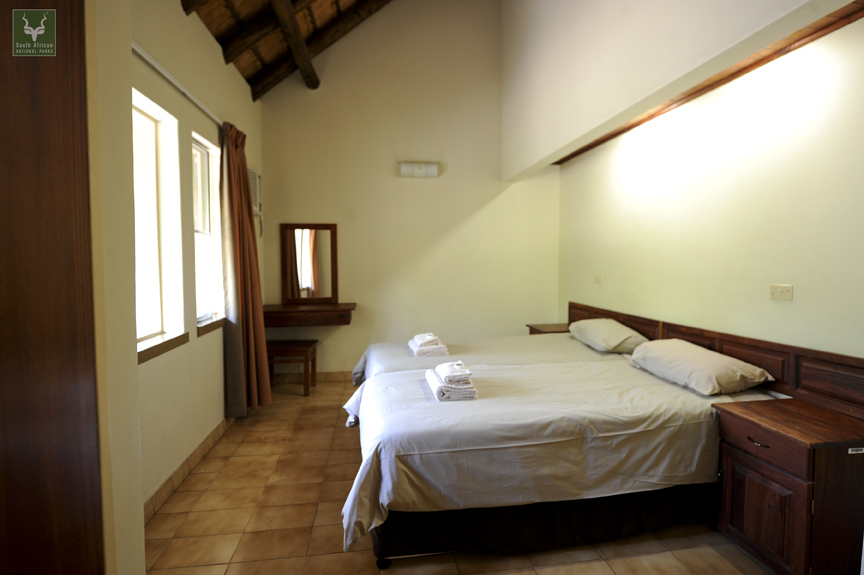 Mopani Guest Cottage Bedroom 2
