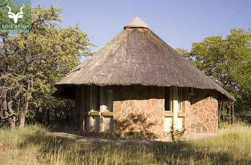 Mopani_4 Sleeper Cottage