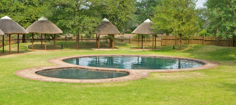 Satara Pool