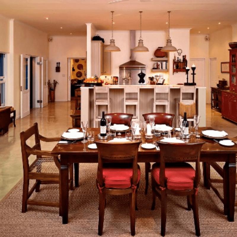 Umsisi house diningroom
