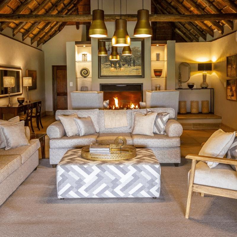 Savanna Lodge Lounge
