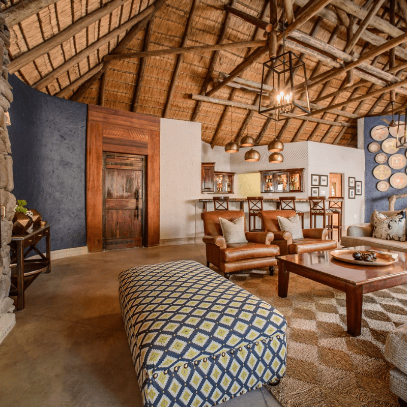 Savanna Lodge Patio Inside